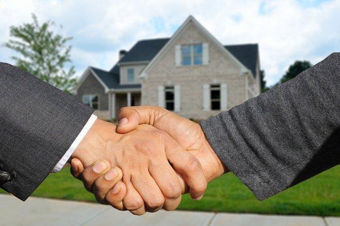 Während Corona: Jetzt Immobilien erwerben?